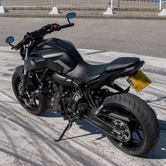 Futuristic Motorcycle, Buy Motorcycle, Moto Bike, Mt 07 Yamaha, Bajaj Motos, Harley Davidson Breakout Custom, Cafe Moto, Bike Pic, Bike Photoshoot