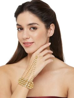 Women& fashion braceletProduct Features : Color: Gold Material: Alloy Bracelet Size: 23 cm Product Care: Wipe with a clean cotton Fashion Jewelry Stores, Fashion Jewellery, Gold Material, Bracelet Sizes, Fashion Bracelets, Party Wear, Floral Design, Jewels, Womens Fashion