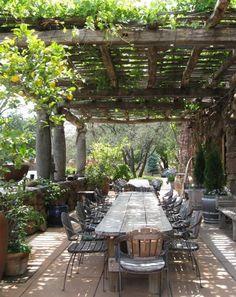Garden Table Plans Ideas for Backyard Eating ~Family Food Garden