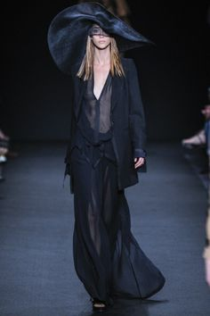 Sfilata Ann Demeulemeester Parigi - Collezioni Primavera Estate 2014