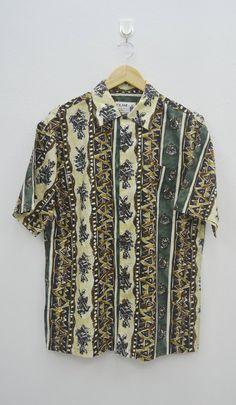 20f1facbbc00 Iolani Shirt Iolani Hawaiian Shirt Vintage Iolani Hawaiian Traditionals  Button Down Shirt Made in Hawaii Size S
