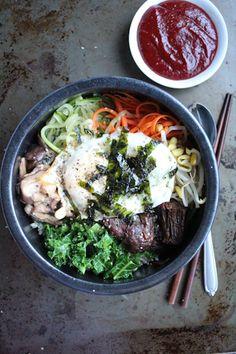 Slow Cooker Recipe: Bibimbap with slow cooked beef from HipFoodieMom.com #koreanfood