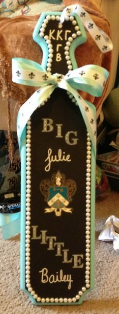 Could this paddle be any more perfect? Yes. With my name, my little's, and chi omega.