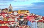 Every year Lisbon gets visited by thousands of people, and the numbers keep increasing. It is an amazing city but like all, it has its share of tourist traps. Filipa Chatillon calls Lisbon home. Here are her tips on how to avoid these traps, and what to do instead.