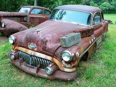 scrapyard - wrecking yard - schroothoop - autoafbraak