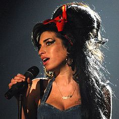 Amy Winehouse Biography   Rolling Stone