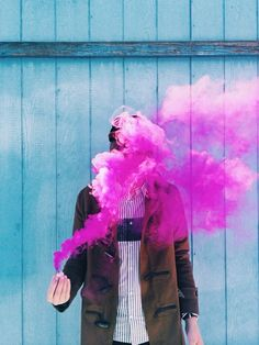 smoke bomb photo/ a soft wispy cloud of pink smoke. Pink Smoke, Colored Smoke, Smoke Bomb Photography, Portrait Photography, Photography Ideas, Artistic Photography, Jolie Photo, Poses, Creepy