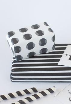 Free Printable Black & White Gift Wrap