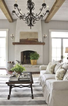 """Location: Monadonock Meet the reader: Joan Ross Farm to cable: """"Our TV/family room was formerly a livestock barn. To stay true to its roots, I looked to antique country homes with a gracious yet relaxed feel."""""""