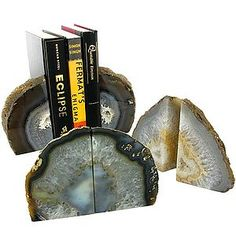 Agate Bookends - Natural (Image One) @ xUmp.com