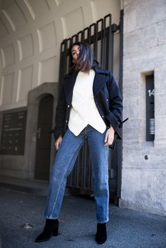 storm wears blue coat with &other stories knit sweater vintage mom jeans with edited the label black boots berlin street style theadorabletwo