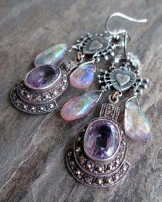 royal hearts earrings