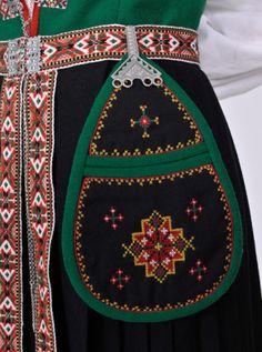 Sunnfjord | Norske Bunader Art Costume, Folk Costume, Norwegian Clothing, Scandinavian Embroidery, Norwegian Vikings, Alpine Style, Inkle Loom, Textiles, Fantasy Costumes