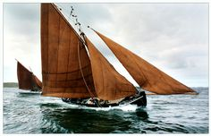 Galway hooker - apparently still being trad made to this day! Go history!