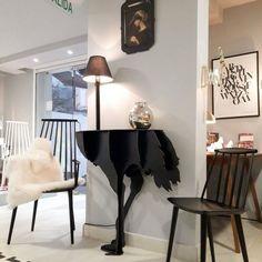 DIVA LUCIA Black Ostrich console by ibride. #home #decoration #ostrich #ibride #design #animal #furniture #interior #deco #console #black(photo @klappdesignmarket)