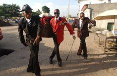 bacongo - Le Sapeurs  Dandies of The Congo