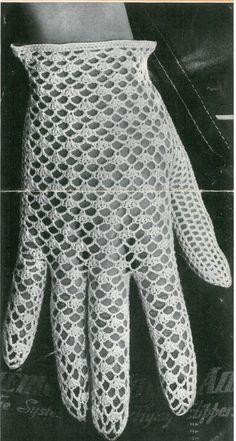Crochet Gloves Pattern, Vintage Crochet Patterns, Crochet Patterns For Beginners, Vintage Knitting, Crochet Lace, Crochet Hooks, Knitting Patterns, Lace Gloves, Vogue Knitting