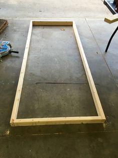 I built a mobile workbench - Imgur Garage Workbench Plans, Table Saw Workbench, Portable Workbench, Workbench Designs, Mobile Workbench, Folding Workbench, Woodworking Bench Plans, Woodworking Projects For Kids, Woodworking Workbench