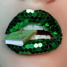 Lipstick Brands for LIP ART design – My hair and beauty Crazy Makeup, Cute Makeup, Makeup Art, Lip Makeup, Makeup Meme, Makeup Drawing, Makeup Looks, Makeup Primer, Eye Makeup Remover