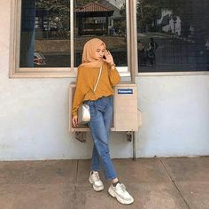 Inspiration Ootd Hijab Style By . Hijab Fashion Summer, Modern Hijab Fashion, Street Hijab Fashion, Hijab Fashion Inspiration, Muslim Fashion, Mode Inspiration, Fashion Outfits, Hijab Jeans, Ootd Hijab