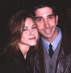 Ross and Rachel forever💙😇 Serie Friends, Friends Cast, Friends Moments, I Love My Friends, Friends Show, Friends Forever, Rachel Friends, Rachel Green, Ross Geller