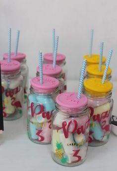 Hawaiian Birthday, Flamingo Birthday, Luau Birthday, Birthday Party Themes, Flamenco Party, Disney Cakes, Tropical Party, Ideas Para Fiestas, Party Favors