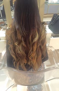 My #new #hair #ombre #flashes #loosecurls #wella #haircolor