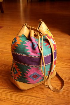 multi colored guatemalan medium sized shoulder bag. $25