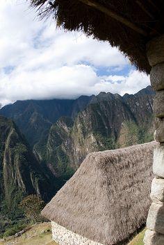 Machu Picchu Peru Thatched Roof  by assignmenttravel, via Flickr. Por donde se mire Machu Picchu es impresionante.