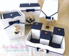 Kit de higiene príncipe baby  Encomendas  whats (69)99902-1211 - Ana  #anababyatelie #anababydecor #babyboy #maedemenino #meumundoazul #kitdehigiene #kitdebebe #quartodobebe #decoracaodebebe #quadropersonalizado #decoracaopersonalizada #artesanatodeluxo Baby Nursery Decor, Baby Bedroom, Baby Decor, Mdf Letters, Kit Bebe, Wedding Boxes, Box Design, Baby Boy Shower, Baby Love