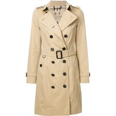 Burberry 'Sandringham' belted trench coat (7,000 PEN) ❤ liked on Polyvore featuring outerwear, coats, jackets, double breasted belted coat, belted coats, double-breasted coat, button coat and double-breasted trench coat