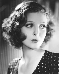 Vintage Hairstyles For Prom Photo: Loretta Young : - Retro Hairstyles, Bob Hairstyles, Wedding Hairstyles, Drawing Hairstyles, Fairy Hairstyles, Simple Hairstyles, Natural Hairstyles, Loretta Young, New Hair