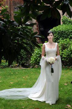 Abito da sposa in cadì e chiffon con corpetto drappeggiato!  www.cinziaferri.com