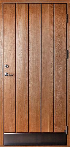 Ytterdörr Plank 510, Tillval: Material ek, borstad, rostfri sparkplåt 200mm