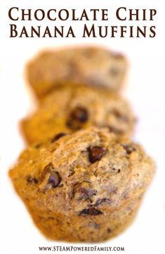 Chocolate Chip Banana Muffins - Just enough sweetness to make even the pickiest eater ask for seconds of this healthy snack. Also a great treat for helping kids suffering from constipation. Helps get things moving naturally and gently. Quick Snacks For Kids, Healthy Treats For Kids, Baby Food Recipes, Whole Food Recipes, Snack Recipes, Healthy Muffins, Healthy Breakfast Recipes, Easter Snacks, Banana Chocolate Chip Muffins