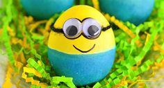 Mimoňské veľkonočné vajíčka, ktoré si deti zamilujú (Návod) Pridal admin dňa March 1, 2016 Kategória: INŠPIRÁCIE    Zdieľaj na FB19Diskusia (0) Penová nepečená rýchlovka za 10 minútVeľkonočný zajačik v zaváraninovej fľaši (Návod)   Vyrobte si mimoňské veľkonočné vajíčka, ktoré si deti zamilujú. Ak máte vo svojom okolí deti, poprípade čakáte na Veľkú noc detskú návštevu, garantujeme vám, že mimoňské vajíčko ich poteší najviac!    Budeme potrebovať:  - vajíčka - pohyblivé oči - čiernu šnúrku…
