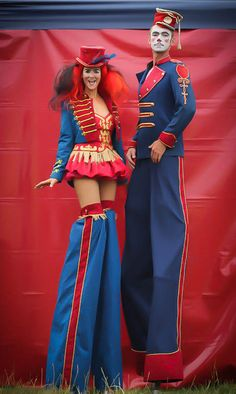 En super proyecto! Es ideal para moiii Pyromantic - Various Stilt Walkers | London