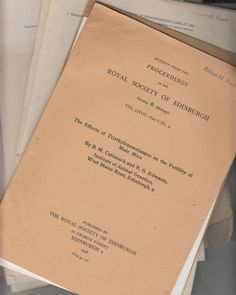 25 Offprints from Nobel Prize Winner R. G. Edwards 1958-1964 in-vitro fertilisation