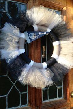 Dallas Cowboys Tulle Wreath or other NFL MLB by MrsKellyBCrafts, Football Team Wreaths, Dallas Cowboys Wreath, Sports Wreaths, Football Season, Tutu Wreath, Diy Wreath, Wreaths For Front Door, Mesh Wreaths, Jamie Allen