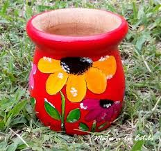 Resultado de imagen para mates+pintados+con+acrilico Paper Mache Bowls, Flower Pot Crafts, Painted Flower Pots, Ceramic Clay, Clay Pots, Decoupage, Planter Pots, Projects, Painting