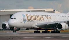 A6-EEJ EMIRATES A380