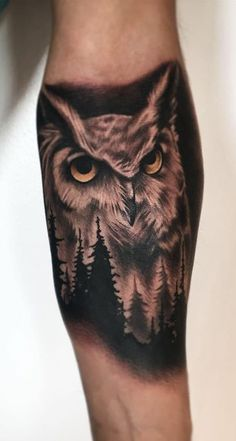 50 of the most beautiful owl tattoo designs and their meaning for the nocturnal animal in you Black Owl Tattoo, Tribal Owl Tattoos, Mens Owl Tattoo, Bear Tattoos, Elephant Tattoos, Animal Tattoos, Body Art Tattoos, Sleeve Tattoos, Tattoo Owl