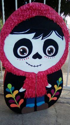 Piñata Miguel (COCO)