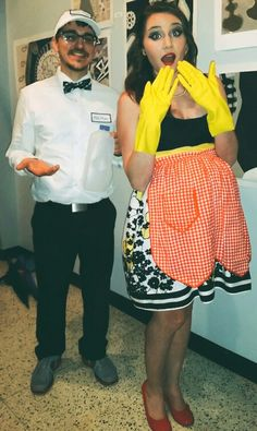 diy couples costume milkman and pregnant 50s housewife - Pregnant Halloween Couples Costumes