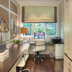 Great home office layout for a small narrow room. But with window on long wall and lots of bookshelves