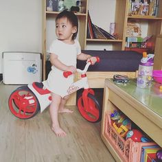 Just balancing around 😄 Thanks to @jillcookiewang for sharing Kids   Indoor activities   Parenting   Toys   Balance Bike   Y velo   Yvolution   Mother   Toddler