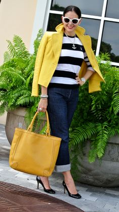 A Key to the Armoire 60 Fashion, Over 50 Womens Fashion, Yellow Fashion, Fashion Over 50, Cute Fashion, Denim Fashion, Fashion Outfits, Classic Outfits, Casual Outfits