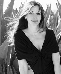 Saraseragmail.com.. La migliore difesa è essere se stessi. Anna Salvare.