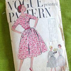 1950s Vintage Dress Pattern Shirtwaist Dress with by SelvedgeShop