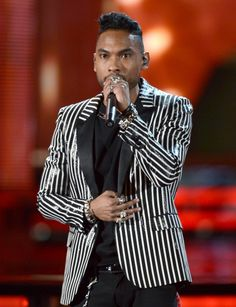 Miguel (Miguel Jontel Pimentel) shines on stage at the 55th Annual GRAMMY Awards on Feb. 10 in Los Angeles. I just ♥ him!!!!